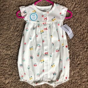 NWT baby girl jumper with ruffle butt